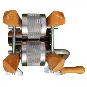 Bild 2 zu Artikel Eschenfelder Kornquetsche mit Holztrichter aus Buche