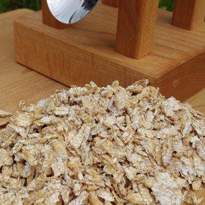 Bild 6 zu Artikel Eschenfelder Kornquetsche mit Holztrichter aus Buche